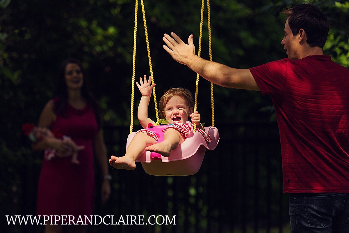 13_lifestyle-portrait-toddler-swinging