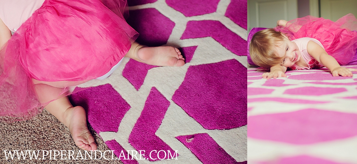 18_toddler-portraits-in-her-pink-room